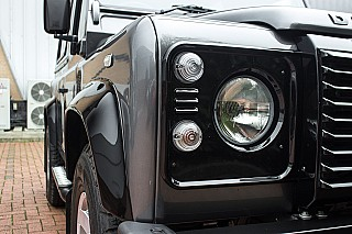 land-rover-defender-11