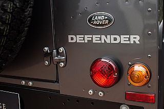 land-rover-defender-23