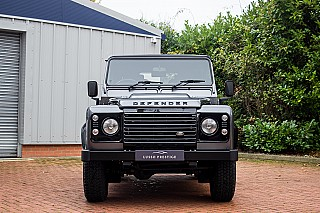 land-rover-defender-8