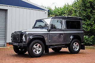 land-rover-defender-9