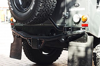 land-rover-defender-twisted-18