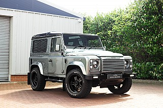land-rover-defender-twisted-7