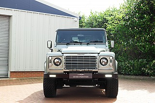 land-rover-defender-twisted-8