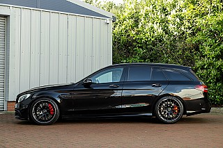 mercedes-c63s-estate-1