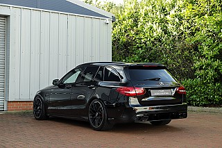 mercedes-c63s-estate-2