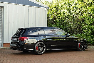 mercedes-c63s-estate-4